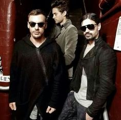 30 seconds to mars Thirty Seconds, 30 Seconds, Life On Mars, Shannon Leto, Love Pictures, Jared Leto, Music Stuff, Cool Bands, Rock And Roll