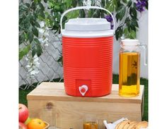 Simply Solid Water Jug 7.6 Litre (Red)