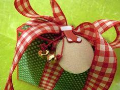 ▶ DN2: Cómo hacer una caja para regalo. Tutorial scrapbooking navideño - YouTube