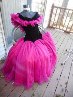 781e95fbb84 MAGNIFICENT 80s PROM PARTY DRESS SMALL PINK AND BLACK BEST IN SHOW   authenticvintage  80spromdress  Formal