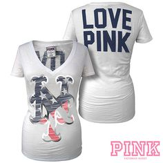 New York Mets Victoria s Secret PINK® V-Neck Flag Tee - MLB.com dc2cd019e
