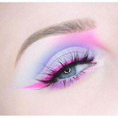 Dreaming of a cotton candy wonderland #sweet #color #eye #eyeshadow #pink #eyeliner