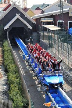 28/34 | Photo du Roller Coaster Blue Fire situé à @Stephanie Stephens-Park (Rust) (Allemagne). Plus d'information sur notre site http://www.e-coasters.com !! Tous les meilleurs Parcs d'Attractions sur un seul site web !! Découvrez également notre vidéo embarquée à cette adresse : http://youtu.be/Dtb40mhdLoE