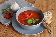 Einfache Paprika - Tomaten - Suppe, ein gutes Rezept aus der Kategorie Gemüse. Bewertungen: 61. Durchschnitt: Ø 4,1.