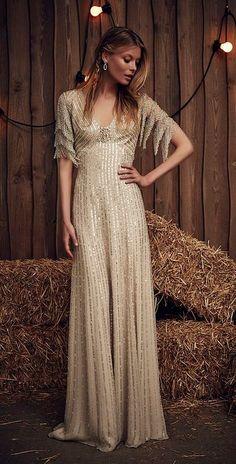 Featured Dress: Jenny Packham; Wedding dress idea. Franjas nas mangas