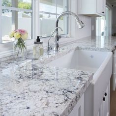 If you are looking for Granite Kitchen Countertops Ideas, You come to the right place. Below are the Granite Kitchen Countertops Ideas. This post about. White Granite Kitchen, White Granite Countertops, White Kitchen Cabinets, Kitchen And Bath, New Kitchen, Kitchen Ideas, Granite Backsplash, Rustic Kitchen, Kitchen Sinks