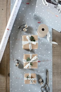 Starry Night Ribbon & Tag Gift Wrapping Set | Sophie Allport | A festive gift wrapping set to make your Christmas presents look too good to open! Each pack contains the following and co-ordinates beautifully with our Starry Night gift wrap and gift bags.