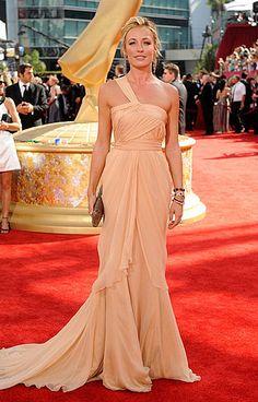 Cat Deeley in Alberta Ferretti (61st Primetime Emmy Awards)