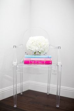 Here is a great idea for the Kartell Louis Ghost chair.