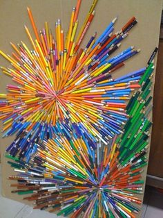 23 Collaborative Art Projects That Bring out Everyone's Creative Side Teachers and students alike will be amazed at what they can produce when they work together. These collaborative art projects are ideal at any age.