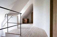 Reclaimed Wood Floors by Corvelyn (be) Hallway Inspiration, Interior Inspiration, Interior Ideas, Architecture Details, Interior Architecture, Interior Design, Reclaimed Wood Floors, Modern Farmhouse, Flooring
