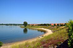 Recreatiegebied de Rhederlaag is het uiterwaardengebied van de IJssel en ligt ten noordwesten van Zevenaar, tussen Lathum en Giesbeek. Het staat in open verbinding met de IJssel wat het gebied voor pleziervaartuigen toegankelijk maakt. Het uitgestrekte gebied is vanwege het grote wateroppervlak van ruim 300 hectare een geliefd oord onder de geoefende en beginnende watersporters.