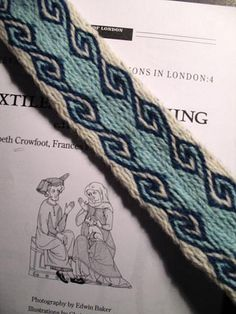 1000+ images about Tablet Weaving on Pinterest   Horns, Loom and ... Inkle Weaving, Card Weaving, Tablet Weaving Patterns, Textiles, Woven Belt, Celtic, Medieval, Bands, Embroidery