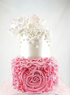 Exquisite wedding cake For more wedding and fashion inspiration visit www.finditforweddings.com  pink wedding