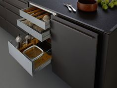 The Bondi Valais kitchen from Leicht is a mixture or warm wood and stylish matt lacquer going together to provide one of the best kitchens available today. European Kitchens, Grey Kitchens, Bespoke Kitchens, Cool Kitchens, Grey Cabinets, Kitchen Cabinets, Kitchen Appliances, Independent Kitchen Design, Bristol