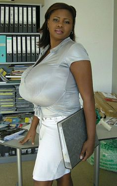 Risultato immagini per miosotis claribel Miosotis Claribel, Bra Cup Sizes, Porno, Sexy Ebony, Sexy Older Women, Hair Color For Black Hair, Indian Beauty, Dresses For Work, Lady
