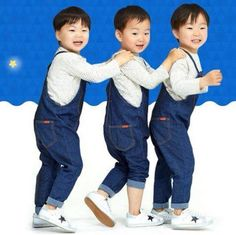 There's this internet community post going around featuring the adorable 'Superman Is Back' triplets, Dae Han, Min Guk and Man Se, and how they would … Cute Kids, Cute Babies, Baby Kids, Baby Boy, Song Il Gook, Triplet Babies, Man Se, Song Triplets, Superman Baby
