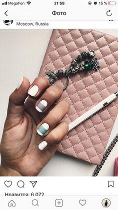 Trendy Nails Design Summer Tips Manicures Trendy Nails, Cute Nails, Nail Manicure, Gel Nails, Nail Time, Minimalist Nails, Polka Dot Nails, Creative Nails, Perfect Nails