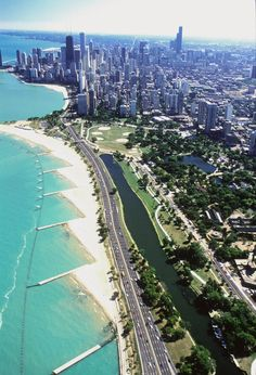 Beaches of Lake Shore Drive (Chicago. Illinois).