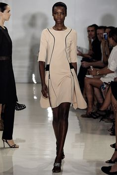 Ralph Rucci Spring 2015 Ready-to-Wear Fashion Show - Maria Borges