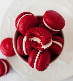Red Velvet Macarons (recipe in Lithuanian)