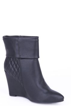 Wedge Boots with Quilt Detail - Black