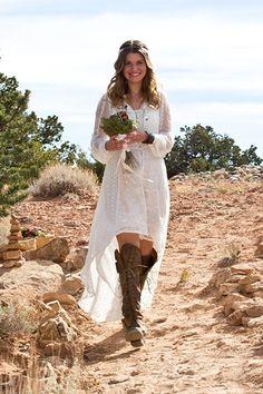 Легкость и простота свадебного платья в стиле рустик
