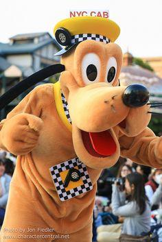 Pluto - TAXI!!!! DDE May 2013
