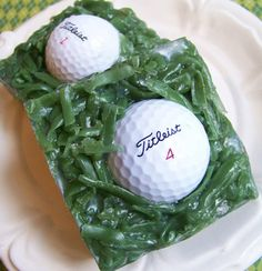 These neat golf soaps are made with moisturizing ingredients. Each soap bar has a real Titileist golf ball inside that will eventually be released and can be used. This soap would make a great gift, p