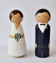 Personalized Bride and Groom. Wooden Peg Doll Cake by handANAhada