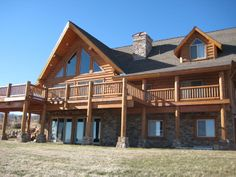 Click on the steps to your left to reveal Whisper Creek Log Homes' unique manufacturing process.