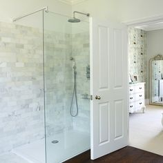 IKEA Shower Room Ideas - Check out our shower room ideas and design inspiration, whether you have want a gorgeous country shower room or a stunning attic shower room. Attic Shower, Shower Niche, Shower Rooms, Shower Tiles, Family Bathroom, Modern Bathroom, Small Bathroom, Master Bathroom, Cozy Bathroom