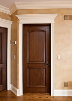 The Comprehensive Details Of The Best Craftsman Interior Doors — Interior & Exterior Doors Design Craftsman Interior Doors, Custom Interior Doors, Interior Doors For Sale, Door Design Interior, Exterior Doors, Home Interior, Brown Interior Doors, Door Design Images, Door Images