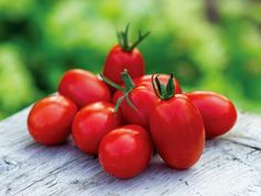 Find out in this handy HGTV Gardens visual guide whats ailing your tomatoes and how to fix your tomato troubles.
