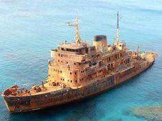 Photograph Ship wreck by Fourat Zouari on 500px