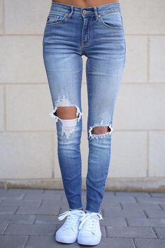 76d3f1ed46 KAN CAN Distressed Skinny Jeans - Faded Wash