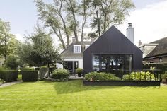 Сozy cottage by the lake in the Netherlands (189 sqm) | PUFIK. Beautiful Interiors. Online Magazine