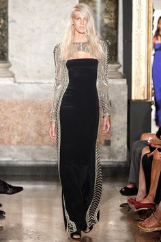 Emilio Pucci - this even more gorgeous in real. The lines are superb! The stitching is hidden. That's how you do it!