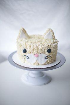 Kitten Cake - 25 Best Girl Birthday Cakes • The Celebration Shoppe
