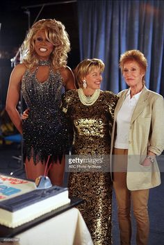 RuPaul, Ellen DeGeneres and Mary Tyler Moore? Amiyah Scott, Rupaul Drag Queen, Mary Tyler Moore, Drag Makeup, Ellen Degeneres, Drag Queens, Supermodels, Peplum Dress, Fangirl