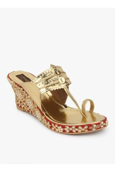 bisouNYC - A comfortable cushioned kolhapuri wedge with delicate embroidery handmade with pearls, zardosi and crystals. Bridal Sandals, Gold Sandals, Bridal Shoes, Wedding Shoes, Shoes Sandals, Heels, Indian Wedding Theme, Bridal Necklace Set, Ladies Footwear