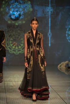 Tarun Tahiliani Collection Black, Gold & Burgundy Embroidered #Saree At IBFW 2014.