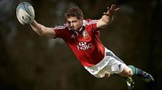 Incredible Flying Leigh Halfpenny is flying... incredibly
