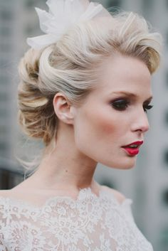 Red lipstick #wedding makeup | Rebekah Senter Photography | see more on: http://burnettsboards.com/2014/03/modernly-romantic-nyc-bride/