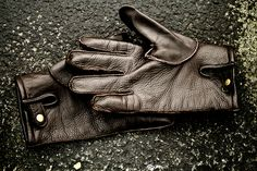 Men's leather gloves. #leathergloves #mensfashion