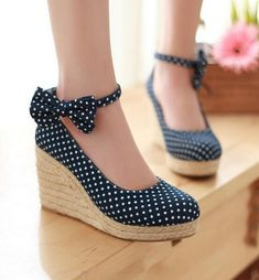 Dot wedges
