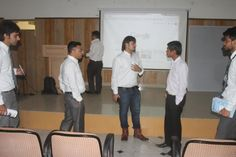 Interaction going on with the Digital Marketing Aspirants
