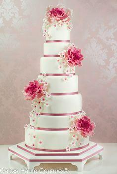 pink and white wedding cake by Tartas Cakes Haute Couture Elegant Wedding Cakes, Elegant Cakes, Beautiful Wedding Cakes, Gorgeous Cakes, Wedding Cake Designs, Pretty Cakes, Cake Wedding, Amazing Cakes, Divorce Cake