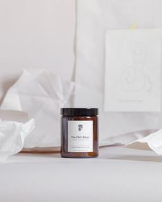 Teakwood - Honeysuckle - Amber Inspired by the comforting scent of an old classic book 100% natural soy wax candle ECO cotton Wick Handcrafted in small batches 40 hours burn time Vegan | Cruelty Free | Recyclable amber glass jar Candle Wax, Soy Wax Candles, Scented Candles, Aberdeen, Amber Glass Jars, Best Candles, Old Things, 40 Hours, Cruelty Free