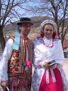 folk wedding costumes, village Lendak, Slovakia Wedding Costumes, European Countries, Czech Republic, Sari, Origins, Genealogy, Fashion, Saree, Moda